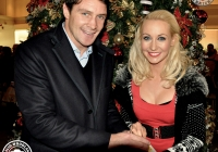emma-o-driscoll-david-wallace-turn-on-the-cresent-shopping-centre-christmas-lights-2012-i-love-limerick-19