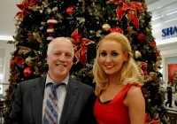 emma-o-driscoll-david-wallace-turn-on-the-cresent-shopping-centre-christmas-lights-2012-i-love-limerick-24
