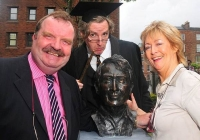 unveiling-of-frank-mccourt-statue-limerick-5