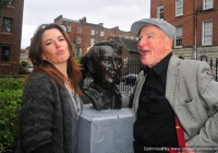 unveiling-of-frank-mccourt-statue-limerick-7