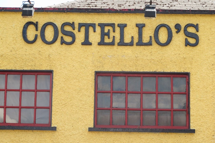 Costellos Tavern