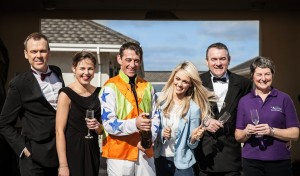 Pictured at Limerick race track  – L to R Richard Lynch of iloveimerick, Sarah Brennan – One of the organisers of The Ole Hollywood Ball, Davey Russell, Champion Irish Jump Jockey and Gold Cup Winner 2014,  Leanne Moore multi talented singer, journalist & TV presenter, Terry & Brendan Ring of Cliona's Foundation. Photo: Brian O'Carroll – Mr. Sputniks Marvellous creations