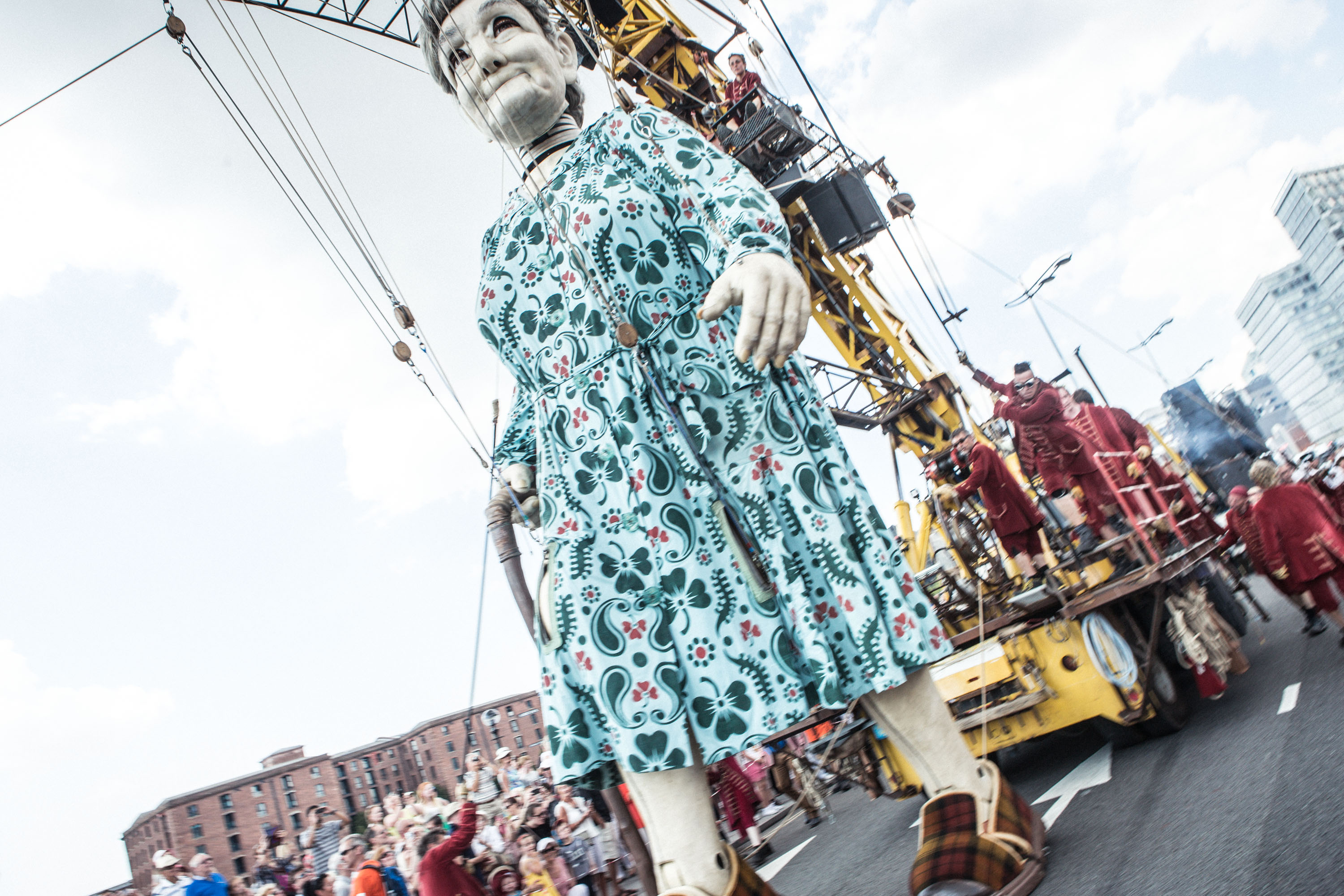 Royal de Luxe Giant to boost local economy