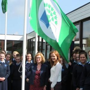 Minister Jan O'Sullivan visits Ardscoil Mhuire