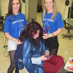 Blowdrys for €5 at Bellissimo in aid of Pieta House