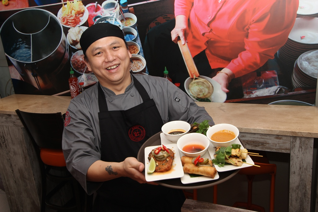 Aroi cleans up in restaurant awards in it's first year 2014