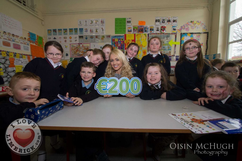 Leanne Moore goes back to school to raise funds for Clionas Foundation