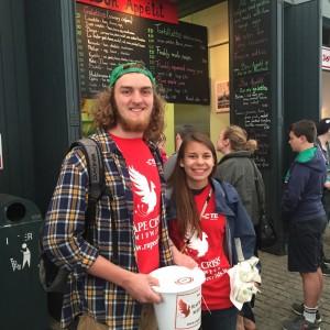 American students volunteer in community organisations