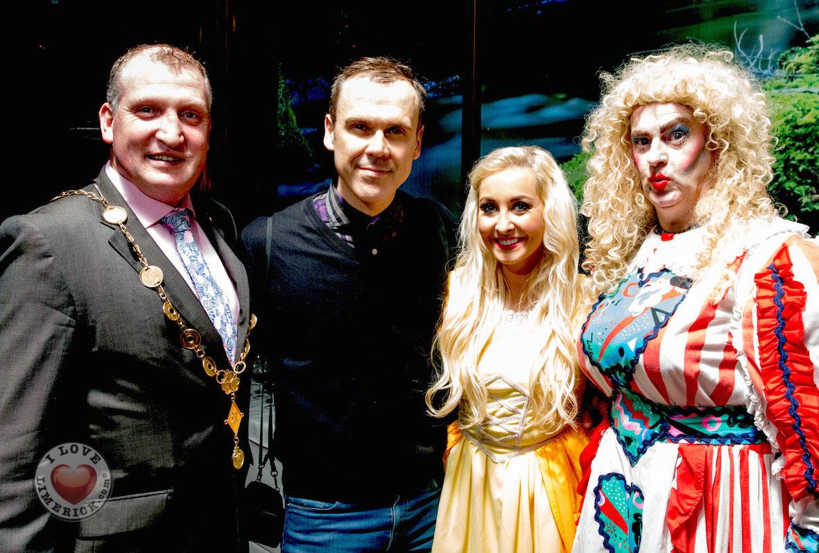 Limerick Panto Society production of Goldilocks The Circus Panto