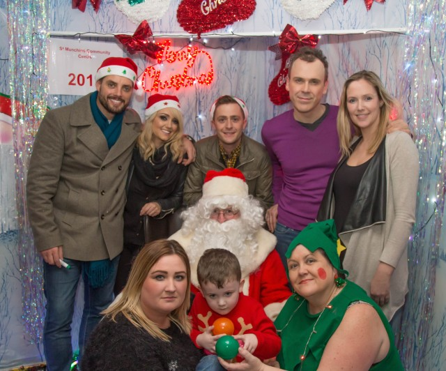 Pictured above Keith Duffy with Santa and panto co stars Leanne Moore, George McMahon and Richard, Dr. Jenny McMahon, Marie Galligan Stokes and her son Adam and Linda Ledger, Manager St.Munchins Community Centre. Picture: Jonathan Baynes/ilovelimerick.
