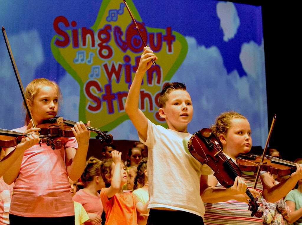 Sing Out With Strings Christmas Performances