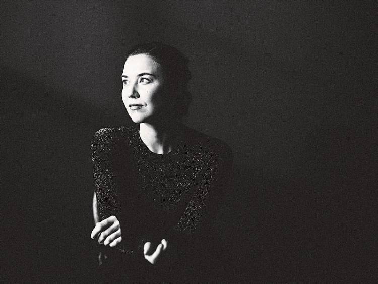 Lisa Hannigan Belltable