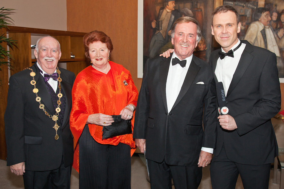 New Terry Wogan Sports Scholarship UL