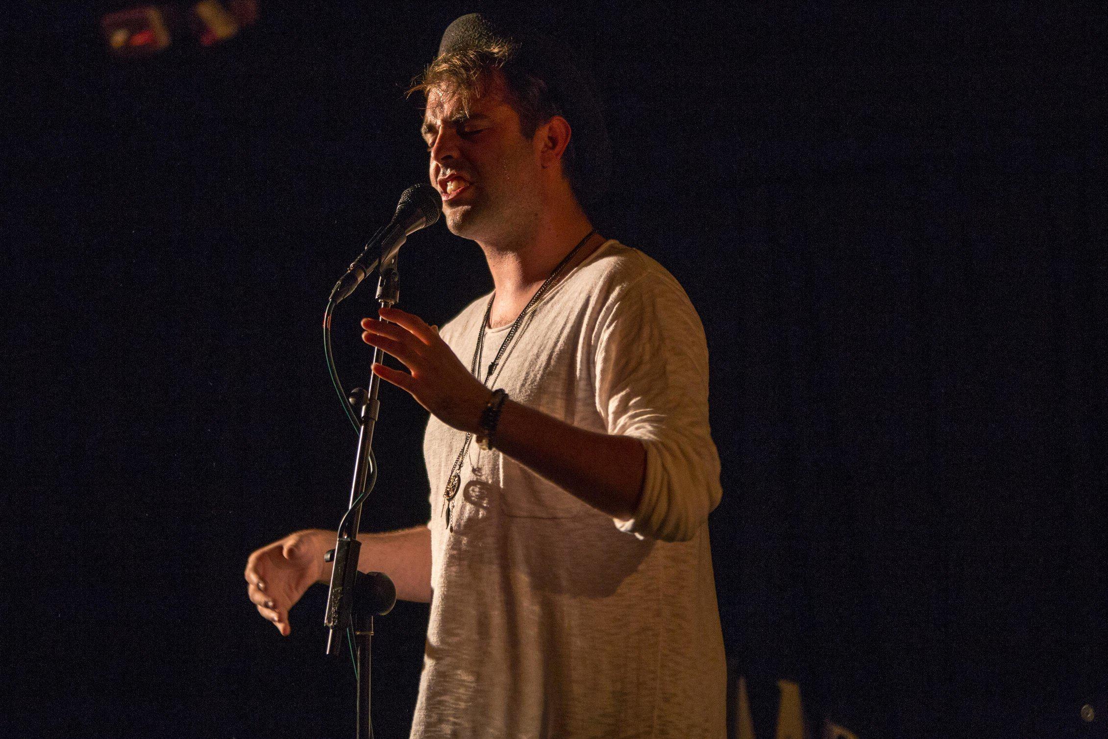Emma Langford debuts EP at Dolans Limerick