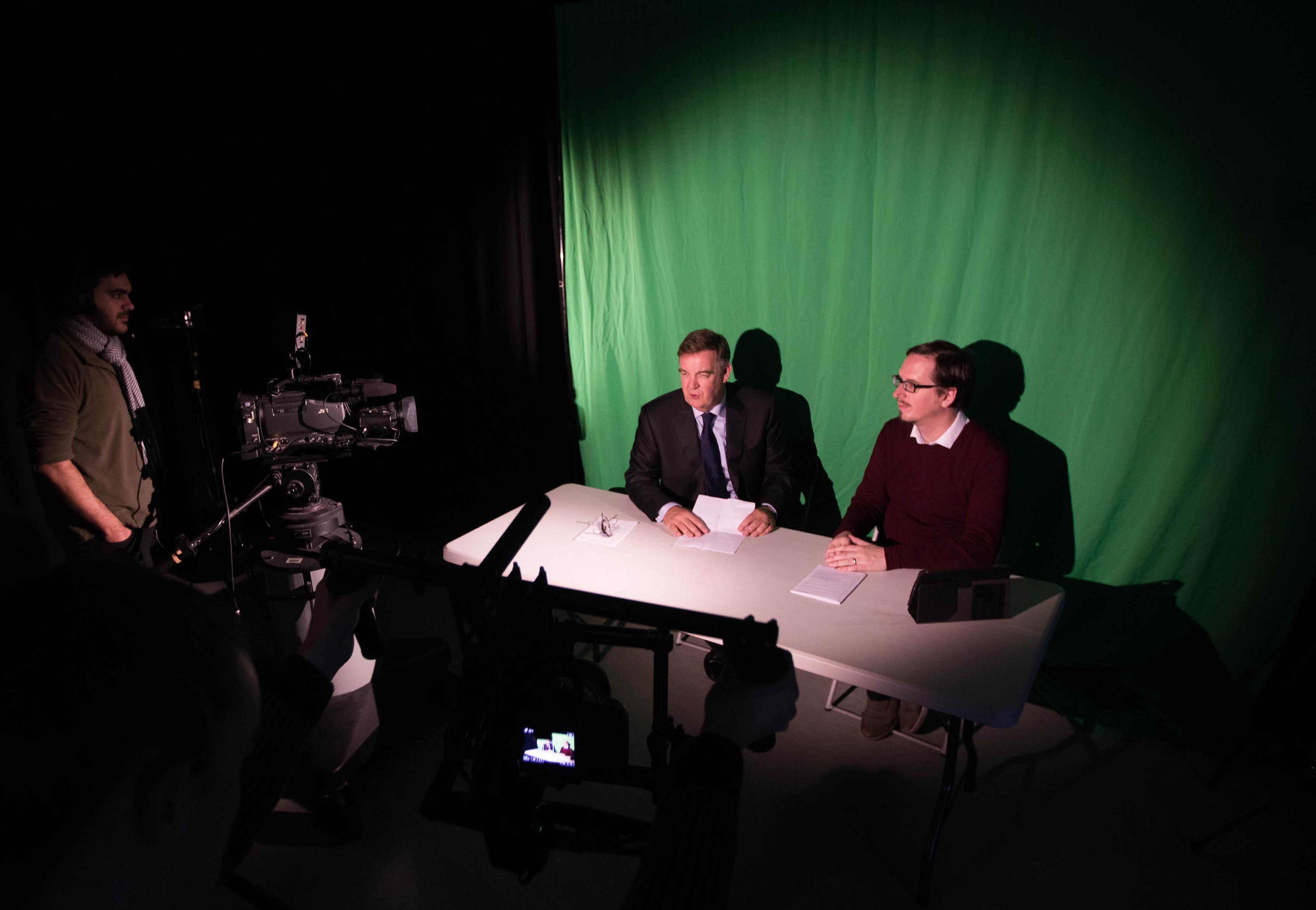 UL TV news studio