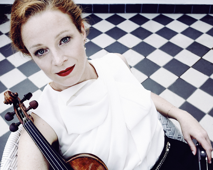 Carolin WidmannperformsMendelssohn