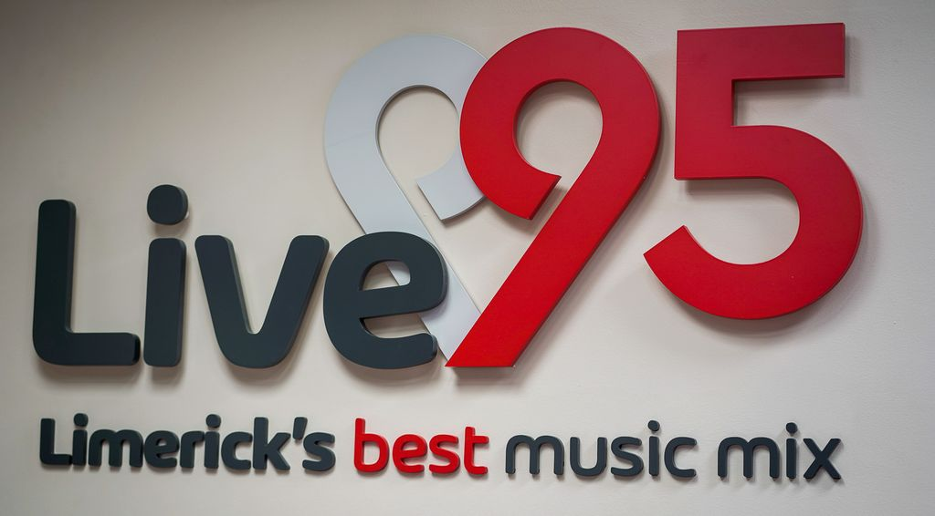 Live 95fm new logo
