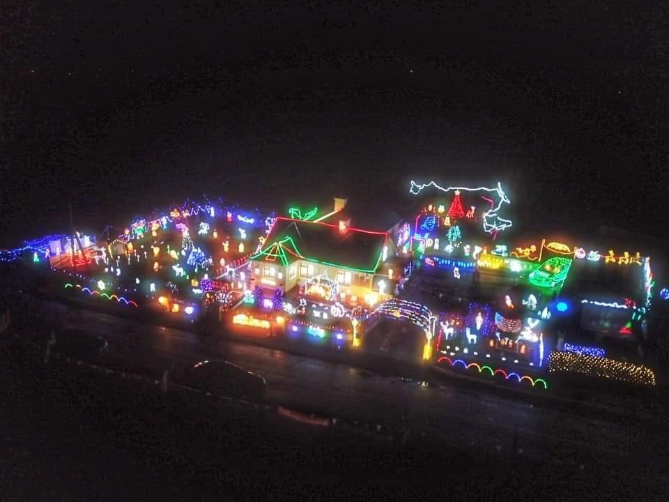 Hayes Christmas Lights fundraiser