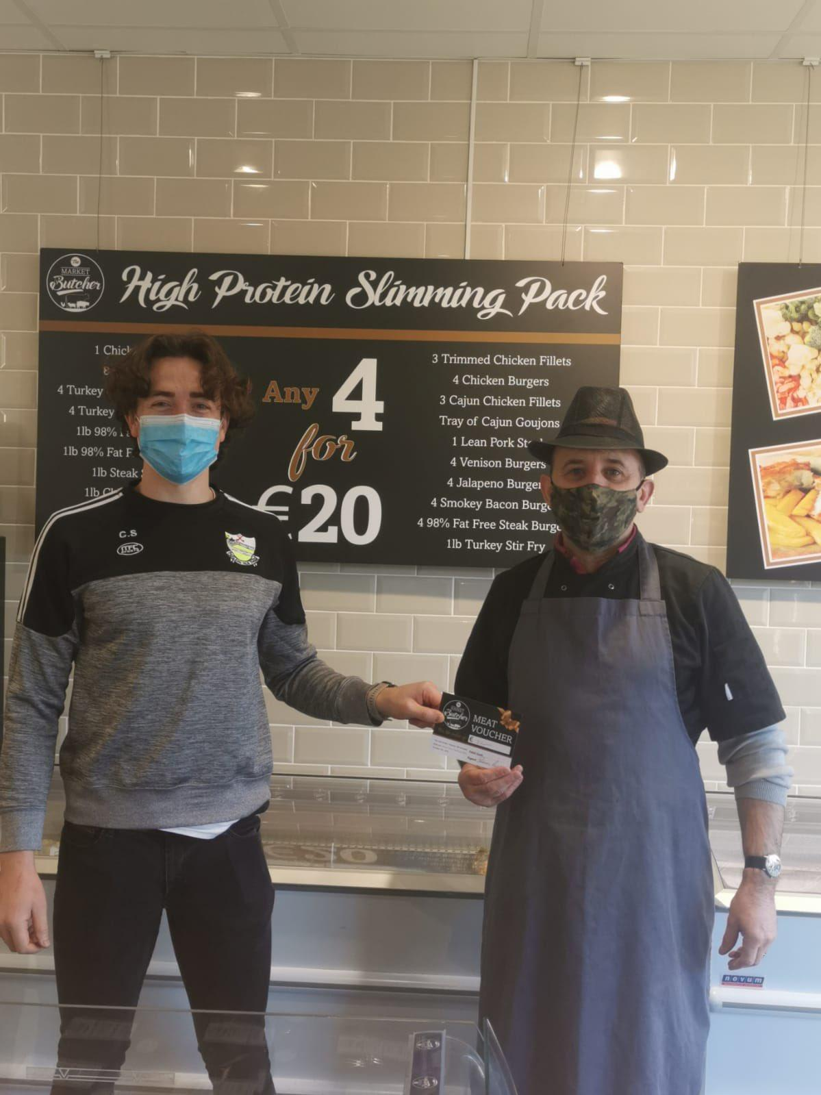 Cian Sheahan pictured above with butcher and sponsor Seamus Cussen