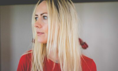 Susan Quirke debut album - Into the Sea is the stunning breakthrough debut album from the Lahinch-based County Limerick-born singer songwriter.