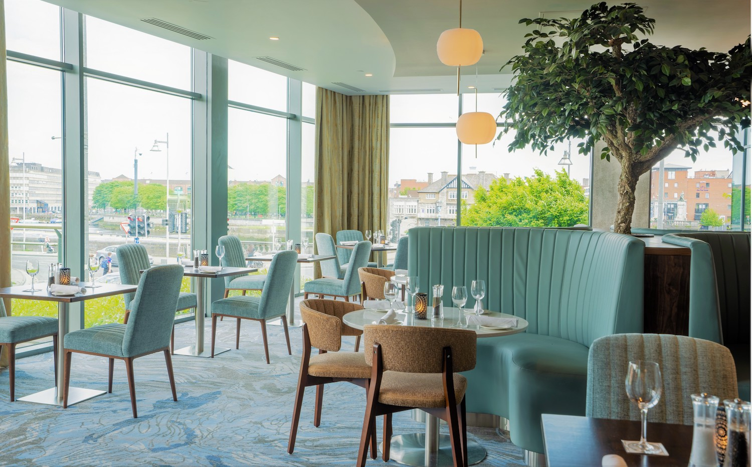 Limerick strand River Rar and Restuarant has been upgraded with a €400k revamp with its aesthetic influenced from the River Shannon.