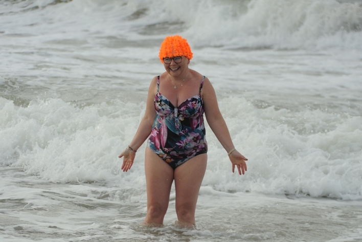 June Curtin takes on 63 ice-cold dips for Mid West Simon to raise €50,000 for those most vulnerable in our local community.