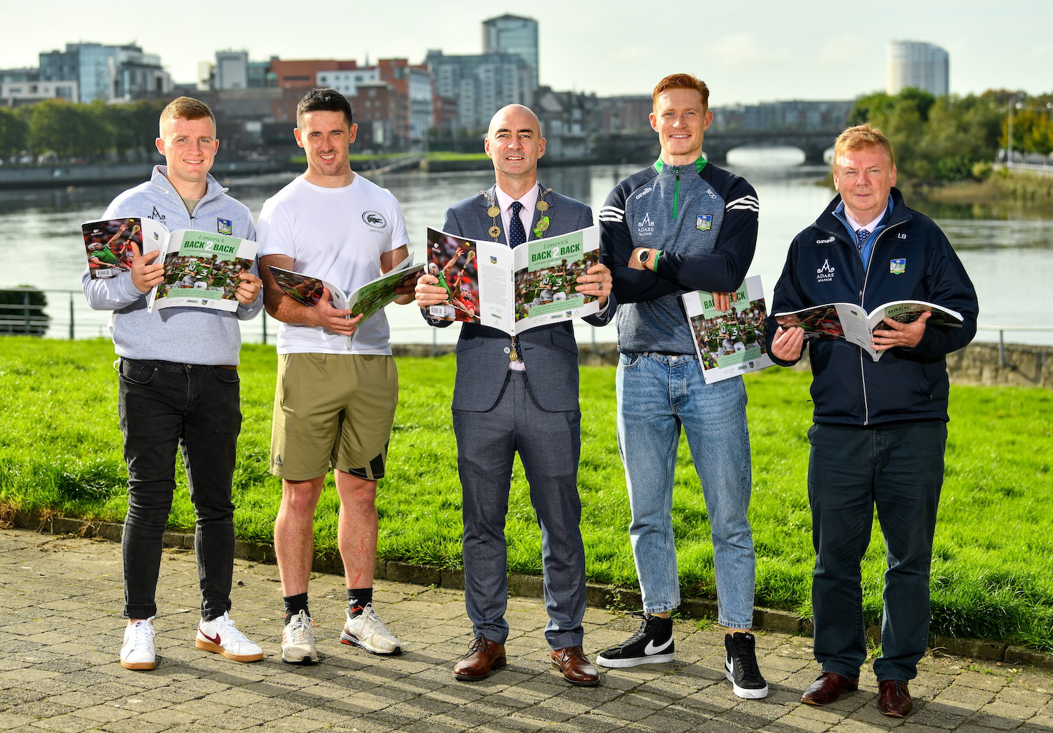Daniel Butler, Mayor of the City and County of Limerick, centre, with Limerick hurlers, from left, Peter Casey, Darragh O'Donovan and William O'Donoghue and Limerick county board treasurer Liam Bourke. Picture: Diarmuid Greene/Sportsfile