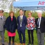 Pictured at the Athlunkard boat club for the presentation of the new donated defibrulator from South Limerick City Residents Association. Picture: Conor Owens/ilovelimerick.