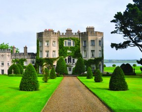 Glin Castle to reopen as family owned hotel