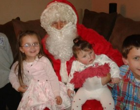 Share A Dream & the Dream Machine delivers Santa to the door of Limerick Boy Joey