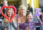 01.04.2017 REPRO FREE Limerick Lifelong Learning Festival, Mary Immaculate College Limerick. Pictured at the event were, Siun Brannick, Karer from Playful Penguins Parties and Aoibh Brannick. Picture: Alan Place.