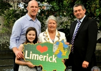 limerick_going_for_gold_lapel_pin_launch_4