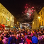 19/11/17 REPRO FREE A crowd of 15,000 turned out in Limerick for the switching on of the Christmas lights and the start of Limerick's festive celebrations. Mayor of Limerick Cllr Stephen Keary was joined by the stars of PAW Patrol and Limerick Rose Kayleigh Maher for the annual switching on ceremony Picture Sean Curtin True Media.