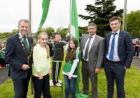 04/06/2015 St Brigid's NS were awarded their 5th Green Flag and pictured at the official raising of the flag (for Bio Diversity) are, from left to right, Mayor Michael Sheahan, Ally Davis, 6th class, Darragh Whelan, 1st class, Emma Normoyle, 4th class, Limerick hurling manager TJ Ryan and Limerick hurler Kevin Downes. St Brigid's NS, Singland, Limerick. Picture credit: Diarmuid Greene
