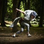 rsz_mateusz_szczerek_as_the_wolf_in_coiscéim_dance_theatres_the_wolf_and_peter_by_david_bolger_photo_ros_kavanagh_14