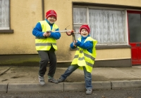 03.04.15  NO REPRO FEE Paul O'Connell, AP McCoy and JP McManus kick-start the Team Limerick Clean-Up (TLC). Over 10,000 volunteers hit the streets of Limerick City and County for the country's biggest ever Clean-Up. Taking part in the Team Limerick Clean-Up are volunteers, brothers Jack Giltenane, aged 8, and Dara Giltenane, aged 5, from Ballingarry, Co. Limerick. Picture credit: Diarmuid Greene/Fusionshooters
